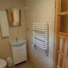 Łazienka dla pokoju 3-osobowego