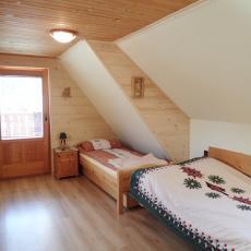 Pokoj nr 5 w domku pod pstragiem